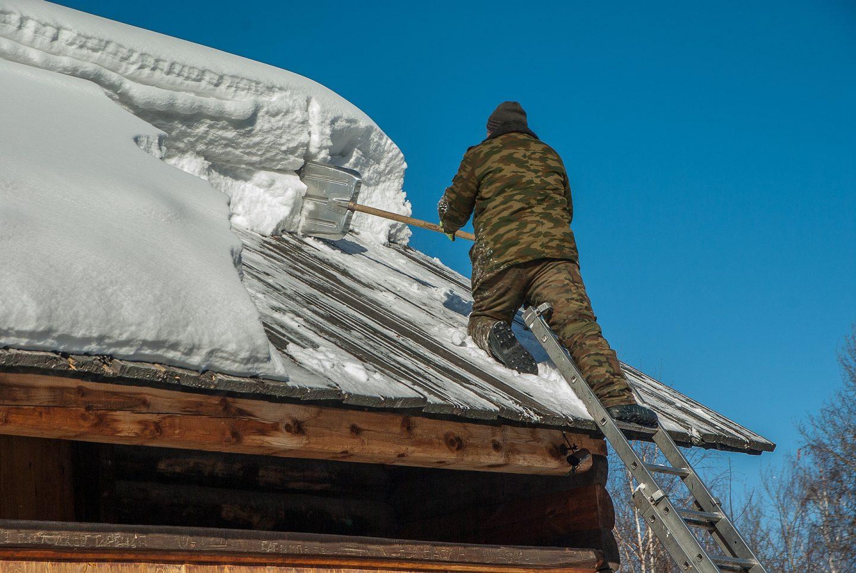 Déblayer à l'aide d'une pelle à neige