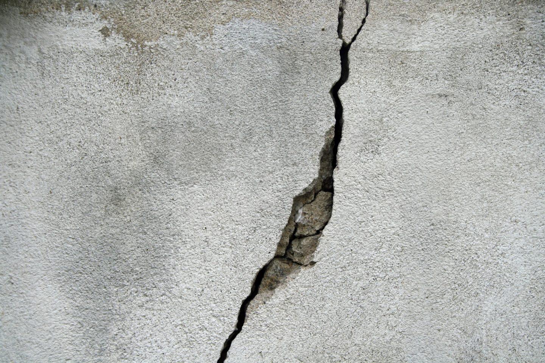 Comment réparer les fissures d'une façade ?